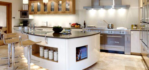 Island kitchen. Image credit: Caesarstone