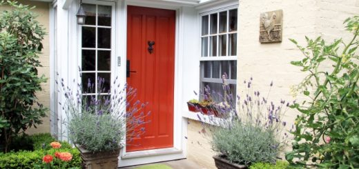 https://www.propertyandbuildingdirectory.co.uk/2016/09/21/getting-your-house-sale-ready-on-a-budget/