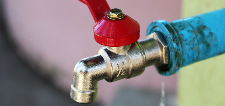 If you want a home care plan that includes plumbing, you must choose an appropriate contract. Photo credit: Dean Moriarty